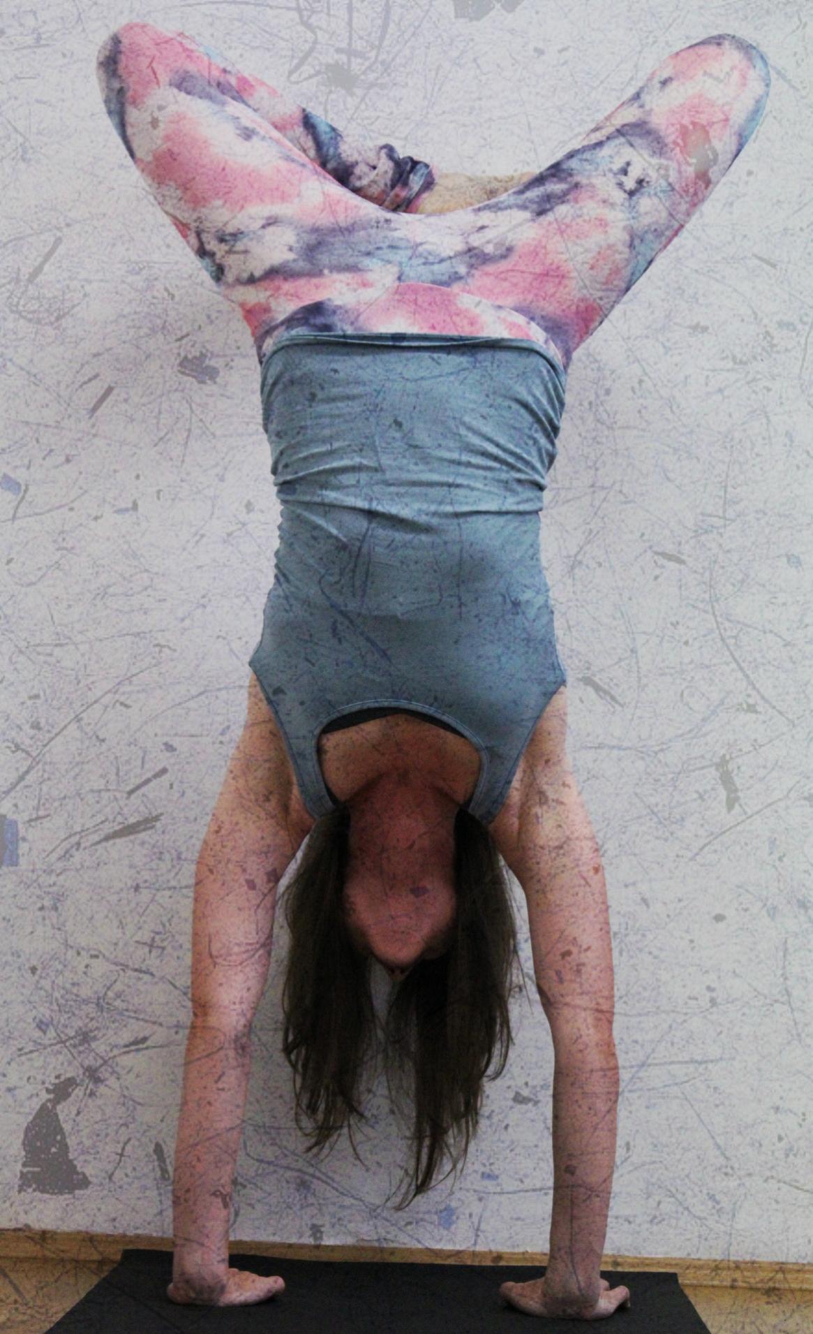Wand Handstand