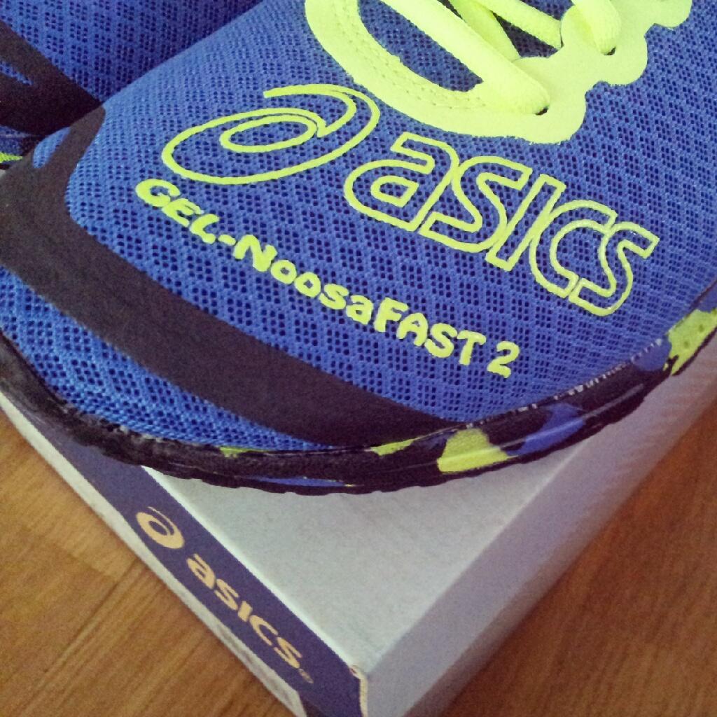 Asics Gel Noosa Fast 2014