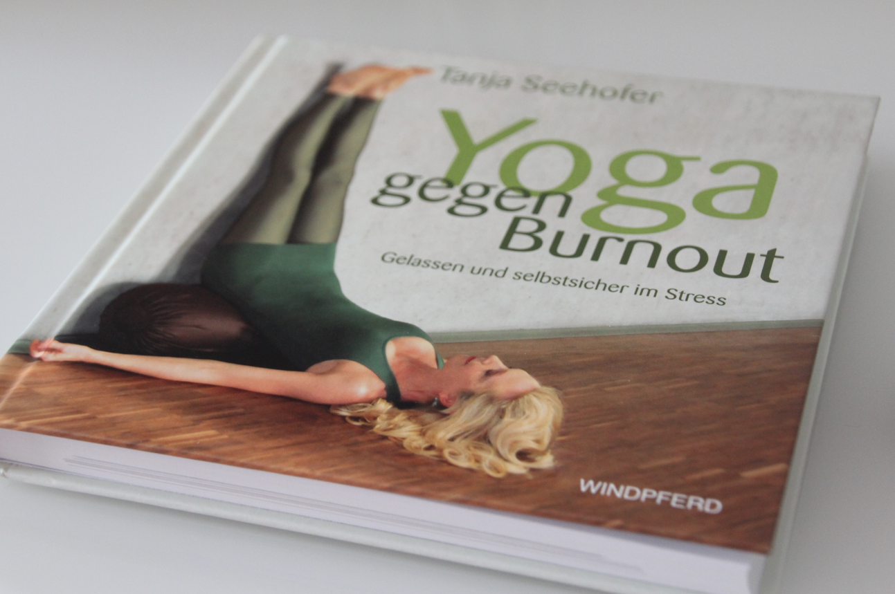 Aktuelle Empfehlenswerte Yoga Bucher Diegesundheitsexperten