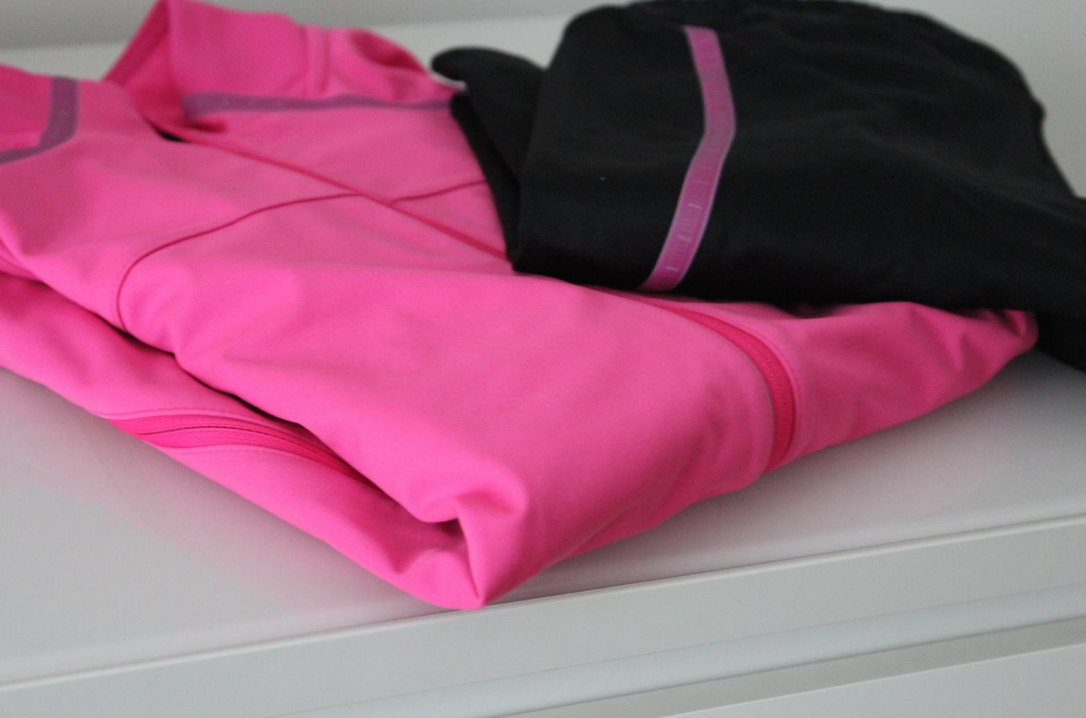 14 ASICS pink Damen Winter Jacke Laufhose