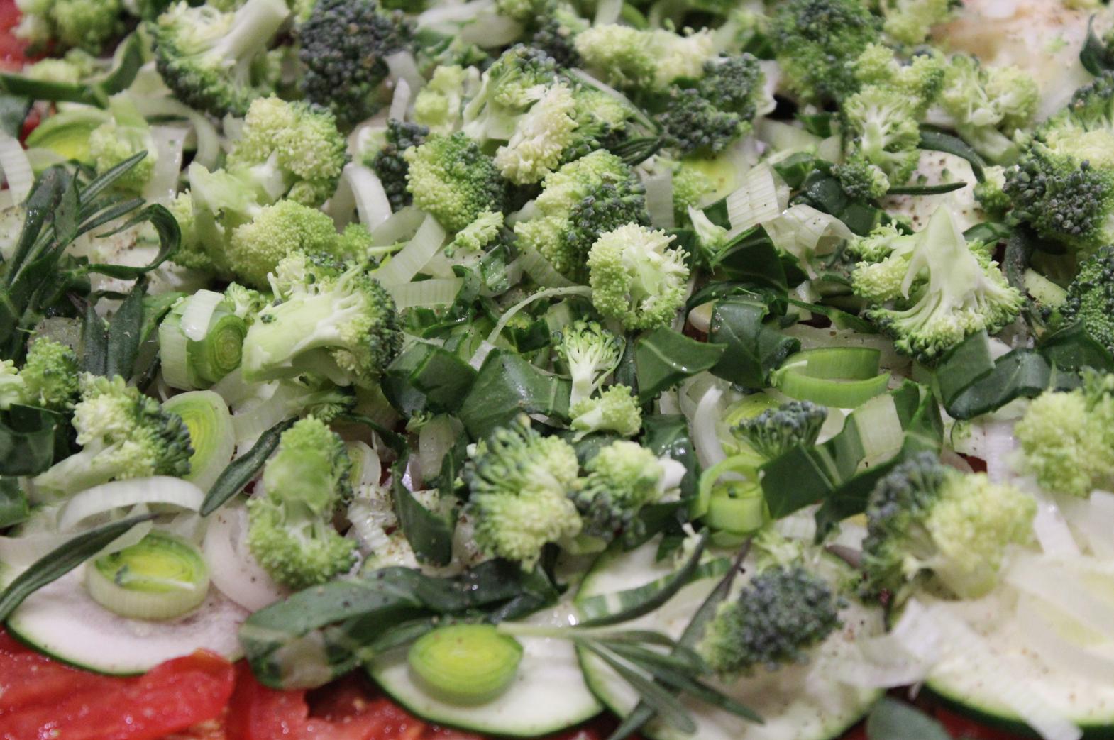 24 Dinkelpizza mit Brokkoli