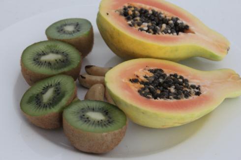 12 Papaya Kiwi Frühstück