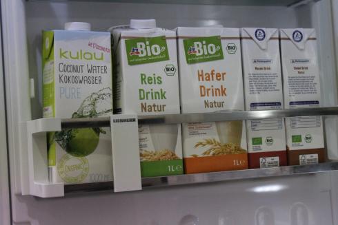 15 Kühlschrank LIEBHERR Kokoswasser Reis Hafer Dinkel Mandel Drink dm BIO