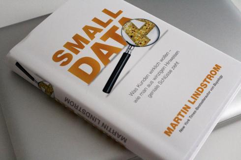 8 Small Data Buch neu
