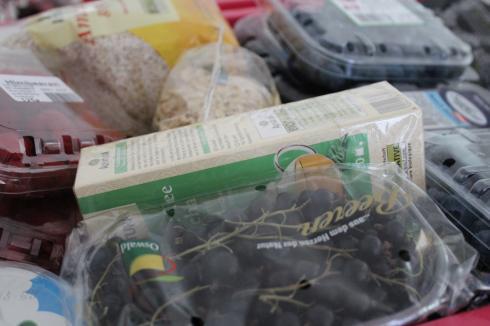 16 Einkauf Shopping Alnatura Obst Gemüse gesunde Ernährung