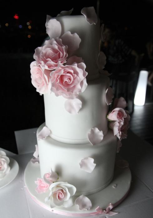 18 Hochzeitstorte Zola Auböck