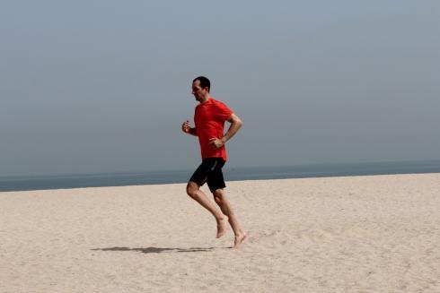 Laufen am Strand Sand Urlaub