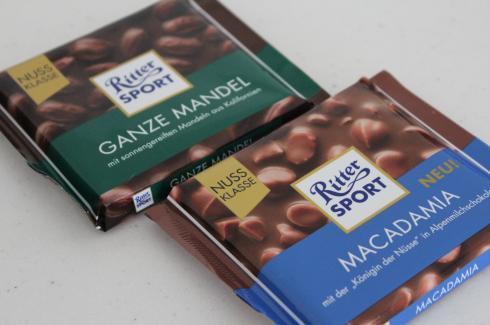17 Nuss Schokolade Ritter Sport Mandel Macadamia