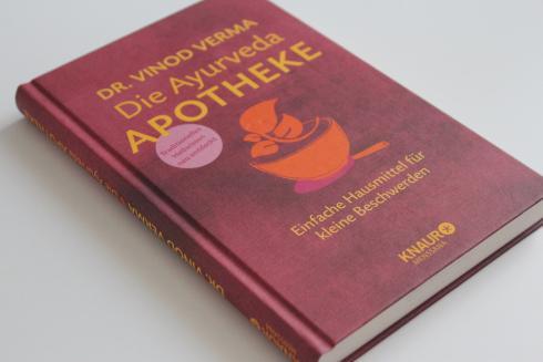 8-die-ayurveda-apotheke