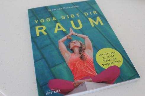 yoga-gibt-dir-raum-buch