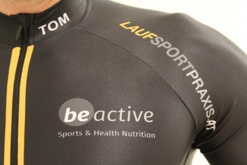 11-triathlon-einteiler-laufsportpraxis-racing-team