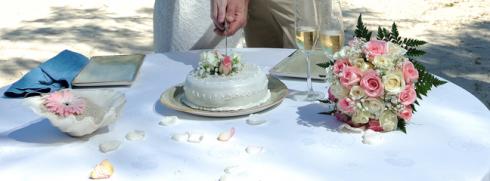 23-wedding-at-the-beach-mauritius-hochzeit-strand-hochzeitstorte