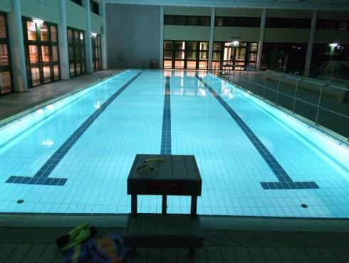 23 Schwimmen