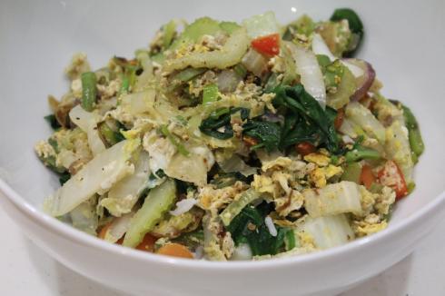 26 Mittagessen Gemüse mit Reis und Ei