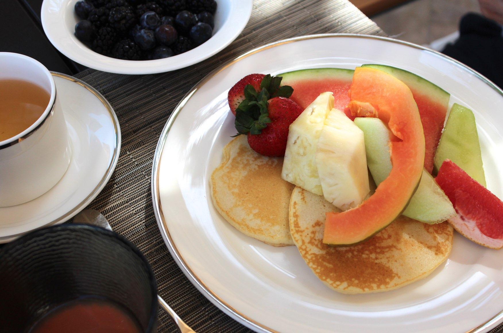 Pancakes Obst Frühstück Beeren Melone