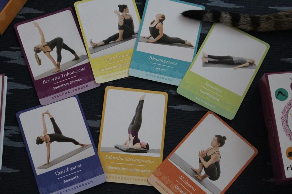 Übungskarten Yoga Workouts gestalten