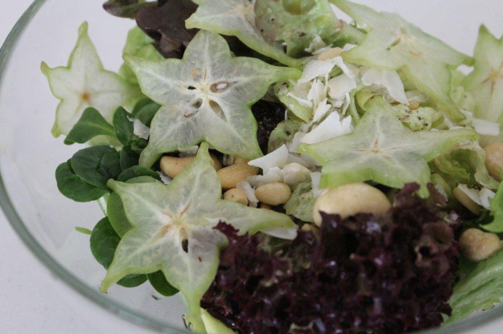 Salat mit Sternfrucht