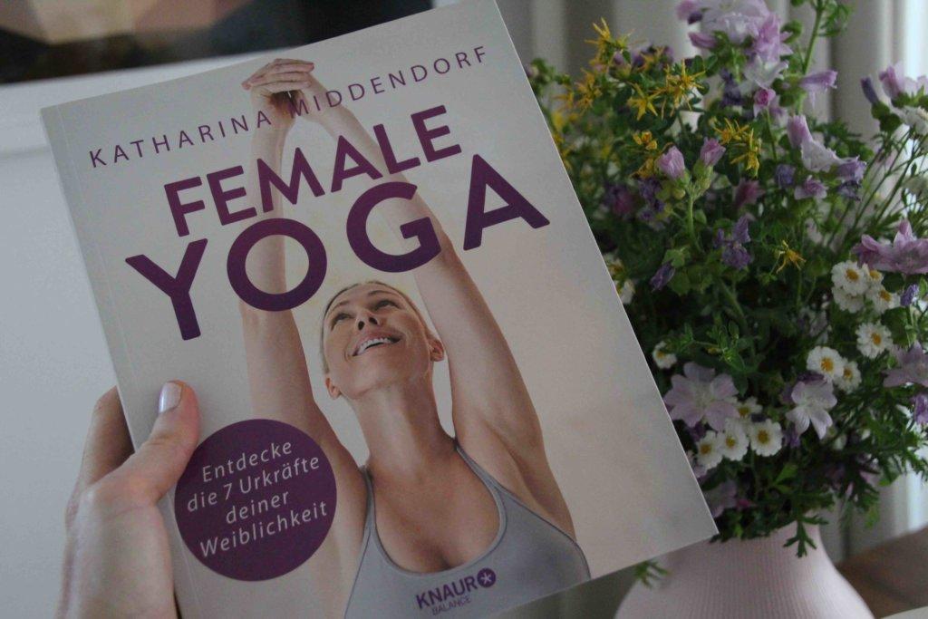 Yogabuch für Frauen Weiblichkeit