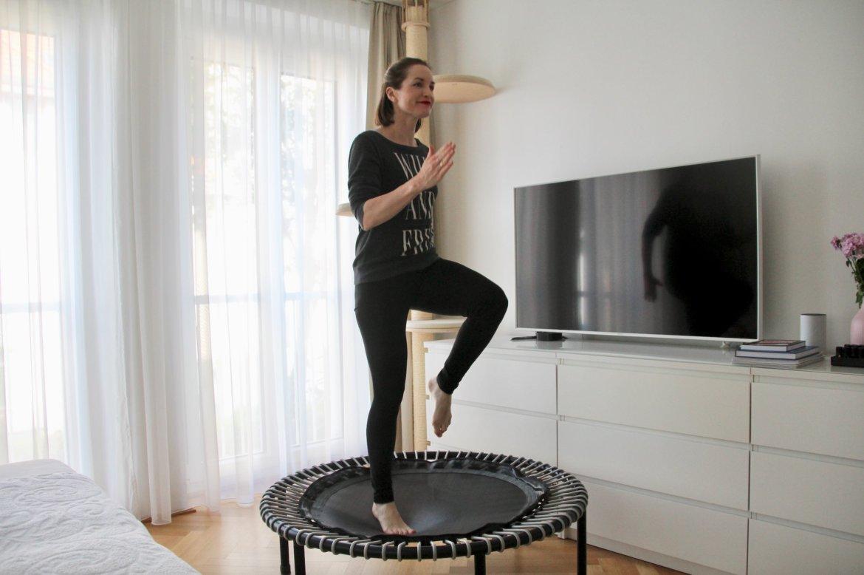 Daheim trainieren Trampolin Abnehmen fit zuhause